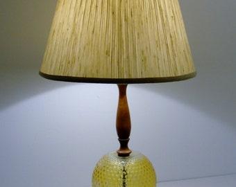 Beautiful Glow Vintage Globe Table Lamp.