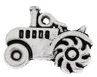 5 Pieces Antique Silver Tractor Charms