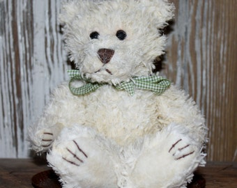 1 Scented Soy Wax Dipped Bear