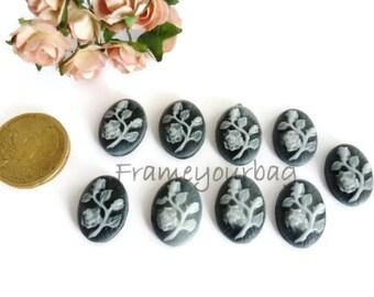 18 pcs resin cameo flowers Gray/ Black  18x13mm CB 02