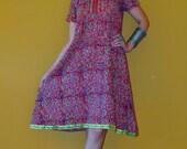 Vtg 70s India Kurta Batik Boho Hippie ethnic gypsy mirror rust paisley floral block print cotton gauze S/M tunic top / blouse mini dress