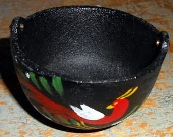 Vintage Souvenir, Miniature Kettle, Cast Iron, New Orleans,  Pot, Tiny, Folk Art, Bird