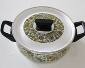 REDUCED Mod Enamel Cooking Pot With Lid from 60s / 70s
