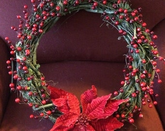 18 inch Traditional Christmas Wreath