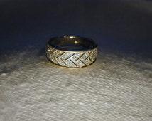 Gorgeous Estate 14K Yellow Gold Filigree Diamond Braided Woven Ring Band