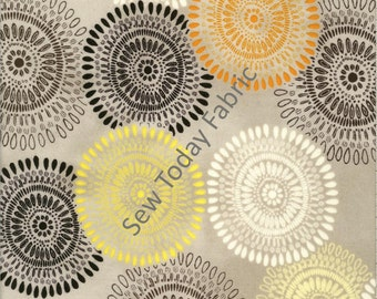 Felicity Large Medallions Light Gray - Wilmington Prints Q1810-42375-951 (sold by the 1/2 yard)