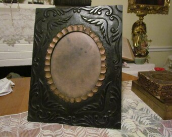 Antique Vintage Florentine Gothic Carved Wooden Victorian Large Picture Frame Table Wall Stand