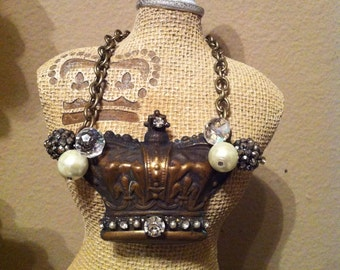 Aged metal crown necklace