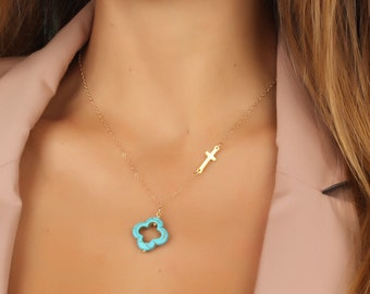 Turquoise clover necklace / Sideways cross necklace / Layered necklace / Gold cross necklace / Turquoise clover / Gold necklace | Admete