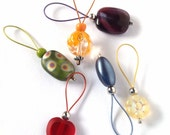 Multicoloured flexible/snag-free glass bead knitting stitch markers, set of 6.