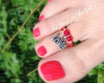 SALE - Toe Ring - Text Love - Dangle Charm - Red Bicones - Stretch Bead Toe Ring