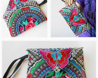 Beautiful Butterfly Clutches Bag Handmade Embroidered Chinese Hmong Hill tribe in Thailand. (KP1009-SI)
