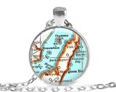 Wisconsin map necklace,  Door County, Mom Gifts, photo pendant, map necklace pendant charms, map jewelry, Unique Gifts for Mom, A309