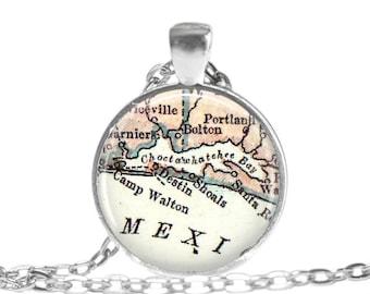 Gifts for Best Friends, Destin Florida map necklace pendant charm, map jewelry, Destin keychain, Destin Key Chain, gift idea, A216