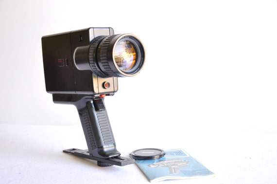 vintage super 8 camera revue sound cs 80 8 mm movie camera. Black Bedroom Furniture Sets. Home Design Ideas