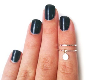 2 Silver Knuckle Rings with shiny kitty tag-  set of 2 silver midi rings, stack thin rings