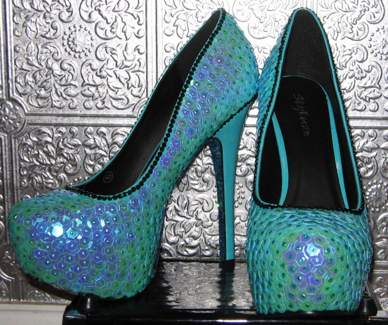 Fish scale mermaid high heel shoes with glittered soles for Fish scale boots