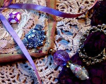 Boho Gypsy Bag Victorian Purse Doily layered vintage lace heart-shaped handbag