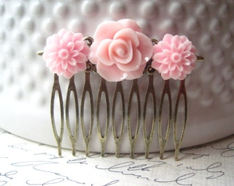 Pink Flower Hair Comb, Pink Hair Accessory, Romantic Wedding Hair Accessory, Bridesmaid Gift, Floral Hair Piece