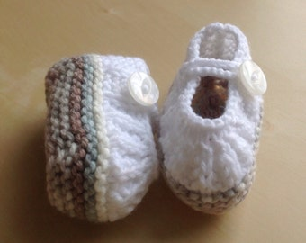 Newborn Hand knitted Baby Shoes ready to ship