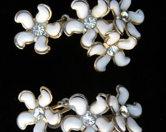 Vintage Earrings Flower, Rhinestone ,White Enamel, Moveable ,Screwback