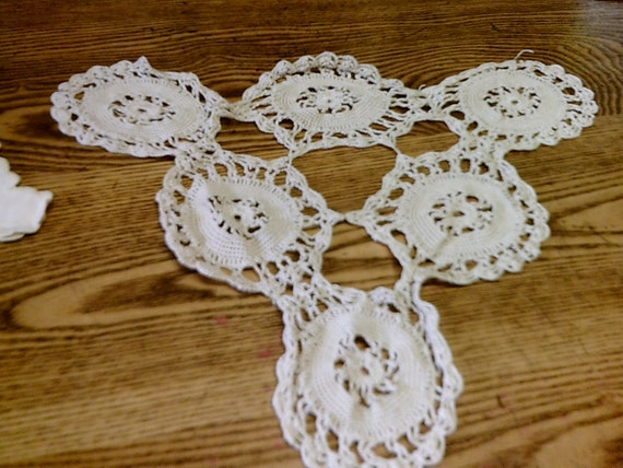 Items Similar To Vintage Cotton Triangular Crocheted Doily
