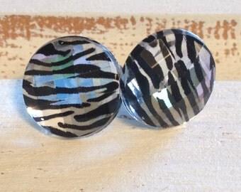 Faceted Zebra Post Earrings