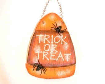 Trick or Treat Wall Hanging