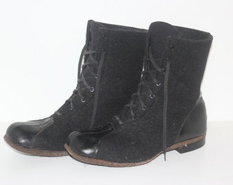 20. Mens 1940s Vintage Felt and Leather Lace Up Boots