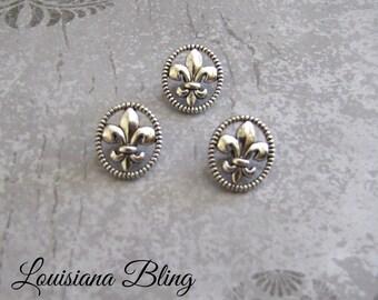 12 Pieces Fleur De Lis Shank Button French Fleur Design 17x13mm Antique Silver Finish 6-14-AS