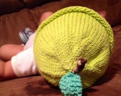 Apple baby hat, knit baby hat, green apple hat, baby shower gift, fall baby hat, newborn baby beanie, knit newborn hat, infant baby hat