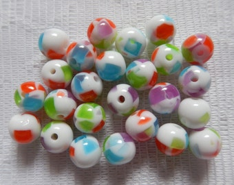 25  White Red Blue Green & Purple Confetti Round Acrylic Resin Beads  8mm