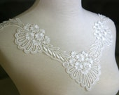 Tresors Ivory Lace Applique, Lace Applique, Lace Collar, Custome Design, Couture Design, Dressmaking, Lace Jewelry, Crafting, etc, GL-018