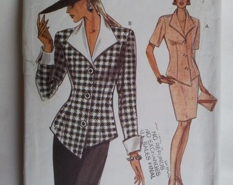 Vintage Very Easy Very Vogue Sewing Pattern 8565 Misses' top and skirt in Size  6, 8, 10