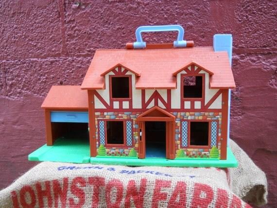 Garage Door Opens By Itself >> Fisher Price Doll House. Garage Door and Doorbell. Nice