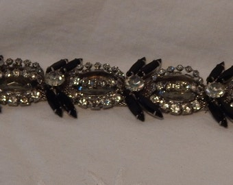 Beautiful Vintage Smokey grey Glass & Rhinestone Bracelet