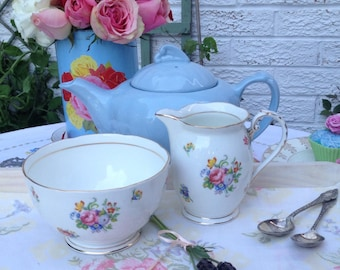 Royal Grafton Milk Jug and Sugar Bowl with lovely flowers. C1950. MS042