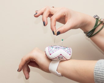 PIN CUSHION  wrist biscornu with cross stitch winter berries