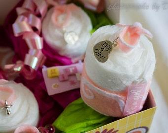 Baby Girl Gender Reveal, Diaper Cake Cupcakes