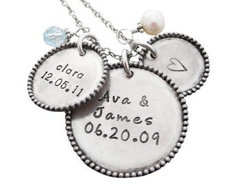 Family Name Necklace - Silver Necklace with Childrens Names - Child Name Necklace - Silver Personalized Mothers Necklace - Hip Mom Jewelry