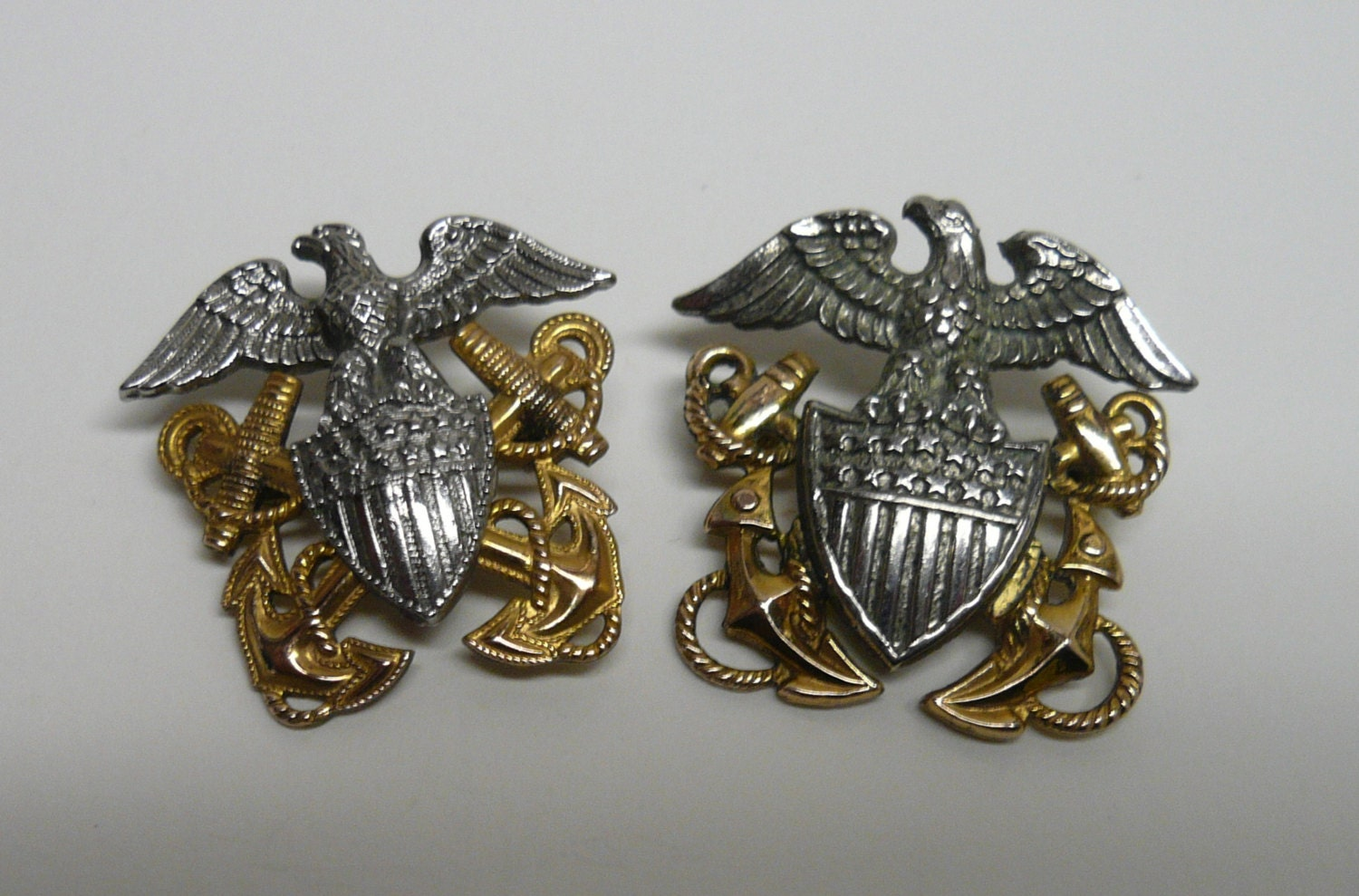 US NAVY Officer MILITARY Pins / World War by ...