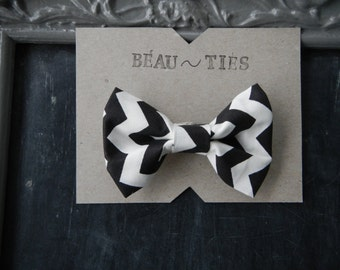 Baby Boy Toddler clip-on bow tie Black and White chevron
