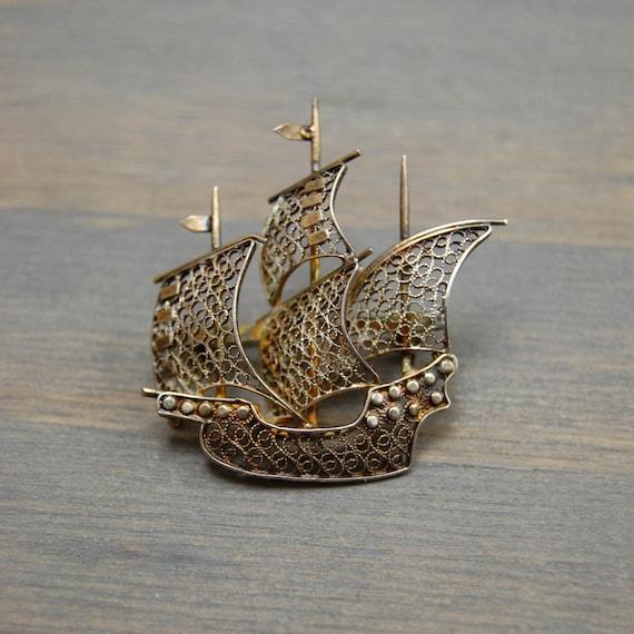 Antique 800 Silver Gold Wash Filigree Ship Brooch