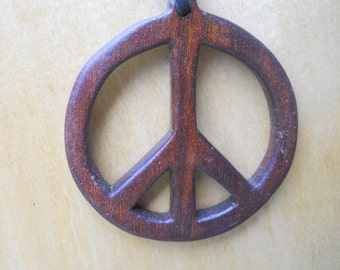 Wooden Peace Neclace