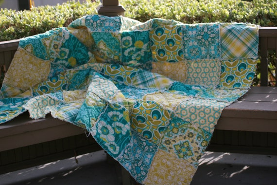 Rag Quilt Patterns For Twin Bed : Twin Size Quilt Rag Quilt Custom Bed Quilt Dorm Bedding