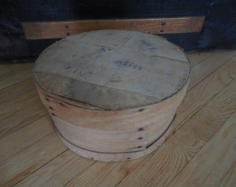 Primitive Rustic Round Wooden Cheese Box