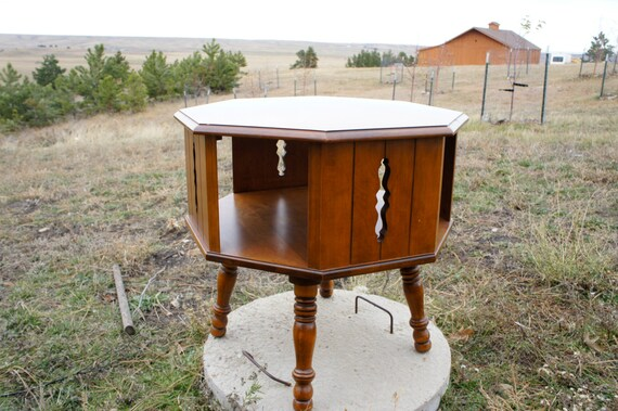 Vintage 8443 tell city maple end table with revolving drum for Revolving end table