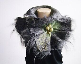 Felted Scarf Neckpiece Collar. Shibori Grey & green Nuno Felted Wool Scarf Alpaca and silk scarf