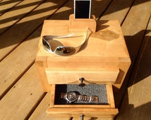 Mens Valet, Maple Jewelry Box, Charging Station, Phone Docking Station, Phone Charging Station, Mens Jewelry Box, Handmade Furniture Cabinet