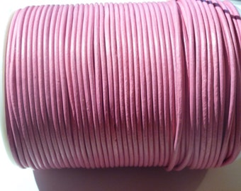 D-02624 - 1m. Genuine Leathercord 2mm